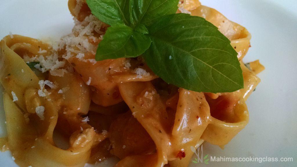 fettuccine-in-creamy-tomato-sauce